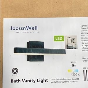 Vanity light new in box